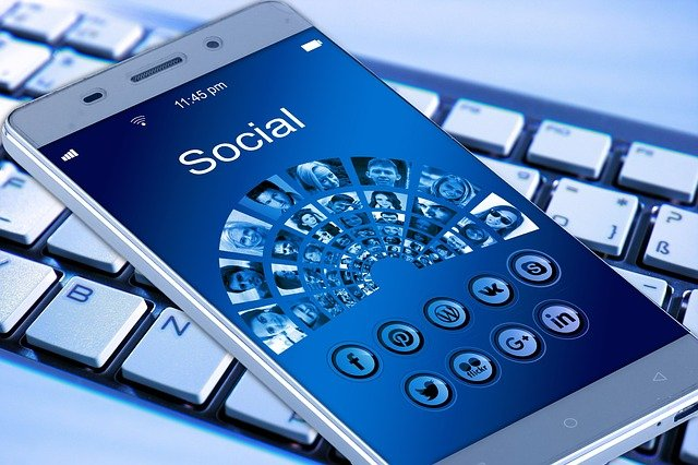 100 Excellent Questions for Social Media to Boost Engagement